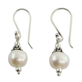 Mumbai Moonlight White Fresh Water Round Pearls with 925 Sterling Silver Perfect for Bridal Womens Dangle Earrings (India)