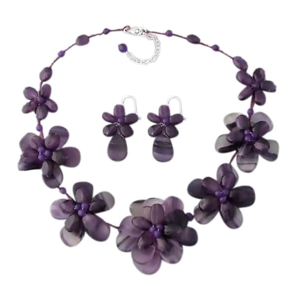 Silver Amethyst and Agate Floral Necklace and Earring Jewelry Set (Thailand)