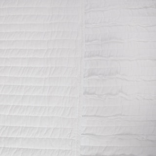 Greenland Home White Ruffled Oversized Cotton Quilt Set