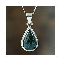 Sterling Silver 'Dark Green Sacred Quetzal' Jade Necklace (Guatemala)