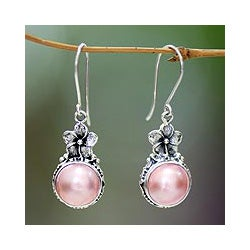 Sterling Silver 'Pink Frangipani' Pearl Earrings (13 mm) (Indonesia)