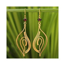 Gold Overlay 'Ocean Shell' Garnet Dangle Earrings (Thailand)