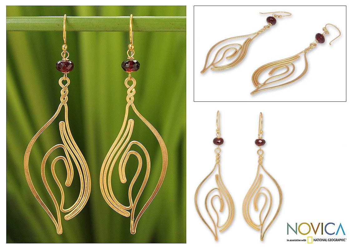 Gold Overlay 'Ocean Shell' Garnet Dangle Earrings (Thailand)
