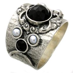 Beverly Hills Charm Silver FW Pearl and Onyx Ring (3 mm)