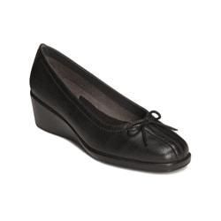 A2 by Aerosoles Women's 'Totem Pole' Black Slip-on Wedges