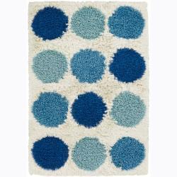 Hand-woven Mandara White Shag Area Rug (5' x 7'6)