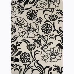 Hand-Tufted Mandara White-and-Black Wool Rug (5' x 7')