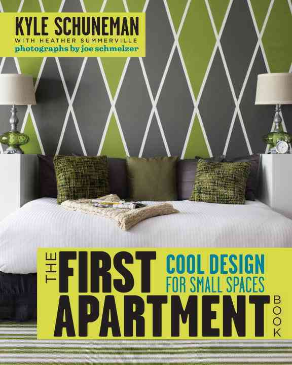 The First Apartment Book: Cool Design for Small Spaces (Paperback)