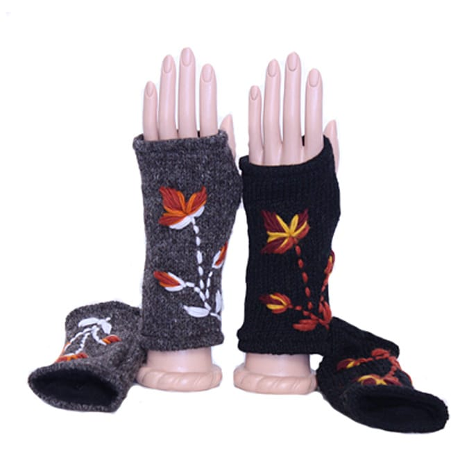 100-percent Wool Floral-patterned Fingerless Arm Warmers (Nepal)