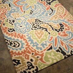 Hand-hooked Area Rug (7' 6 x 9' 6)