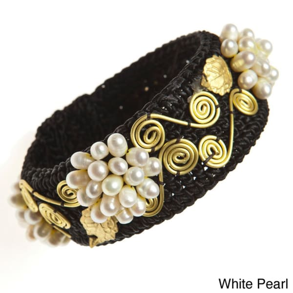 Brass Freshwater Pearl Cuff Bracelet (5-6 mm)(Thailand)