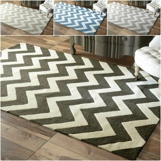 Handmade Luna Easy Care Chevron Rug (5&#39; x 8&#39;)