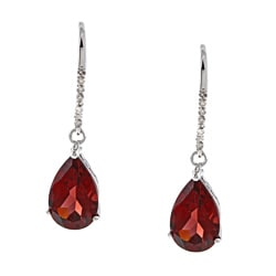 Viducci 10k Gold Garnet and 1/10ct TDW Diamond Earrings (G-H, I1-I2)