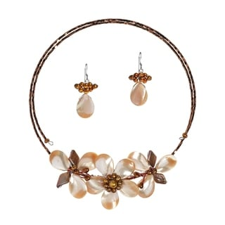 Ornate Floral Brown Mother-of-Pearl Jewelry Set (Thailand)