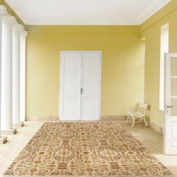 Hand-Knotted Penicuik Beige/Green Traditional Floral Hand-Carded New Zealand Wool Rug (8' X 11')
