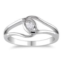 M by Miadora Highly Polished Sterling Silver 1/10ct TDW Diamond Ring (H-I, I2-I3)