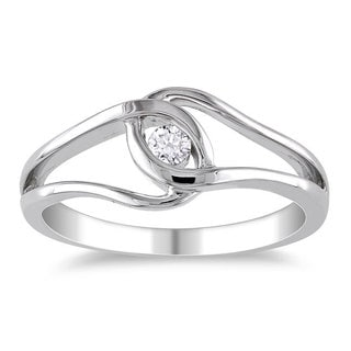 Haylee Jewels Highly Polished Sterling Silver 1/10ct TDW Diamond Promise Ring (H-I, I2-I3)