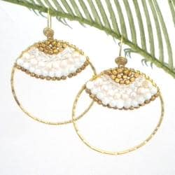 Goldtone Freshwater White Pearl Hoop Earrings (3-4 mm)(Thailand)