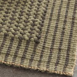 Handwoven Loop Jute Green Rug (8' x 10')