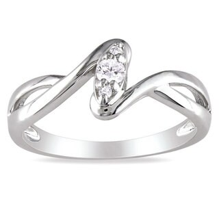 Haylee Jewels Sterling Silver 1/10ct TDW Diamond Twist Promise Ring (G-H, I2-I3)