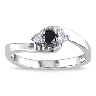Miadora Sterling Silver 1/4ct TDW Round-cut Black and White Diamond Ring