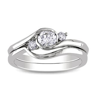 Miadora 10k White Gold 1/2ct TDW Round Bezel Diamond Bridal Set (G-H, I1-I2) with Bonus Earrings
