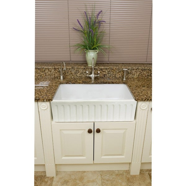 Fine Fixtures Fireclay Fluted Apron 29-inch White Farmhouse Kitchen Sink