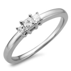 14k White Gold 1/5ct TDW 3-Stone Princess Cut Diamond Ring (I-J, I2-I3)
