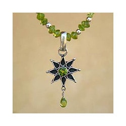 Sterling Silver 'Mystical Star' Peridot Necklace (India)