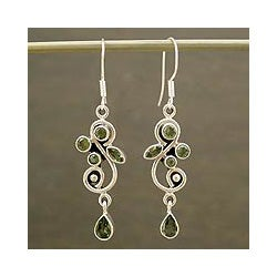 Sterling Silver 'Verdant Vine' Peridot Earrings (India)