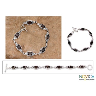 Sterling Silver 'Eye of the Night' Smoky Quartz Bracelet (India)