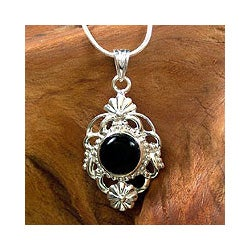 Sterling Silver 'Baroque Blossom' Onyx Necklace (India)