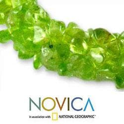 Peridot 'Nature's Muse' Stretch Bracelet (India)