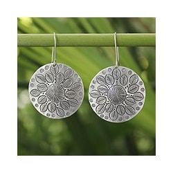 Sterling Silver 'Summer Foliage' Dangle Earrings (Thailand)
