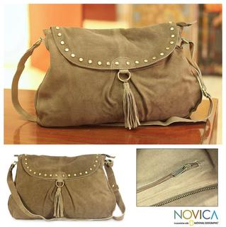 Leather 'India Boho Chic' Shoulder Bag (India)