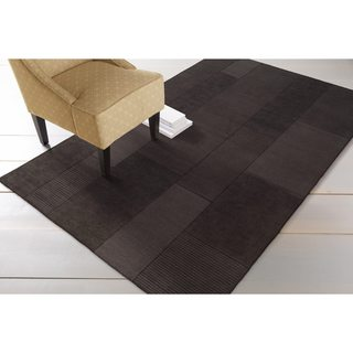Hand-crafted Solid Casual Dark Brown Minima Wool Rug (5' x 8')
