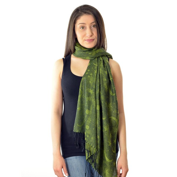 LA77 Women's Green Moon and Star Print Scarf