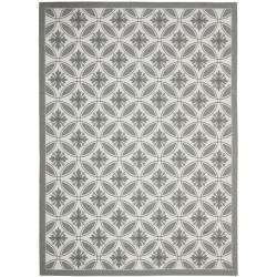 "Safavieh Light Grey/Dark Grey Indoor/Outdoor Polypropylene Rug (6'7"" x 9'6"")"