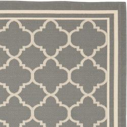 Dark Grey/ Bone Indoor Outdoor Rug (6'7 Square)