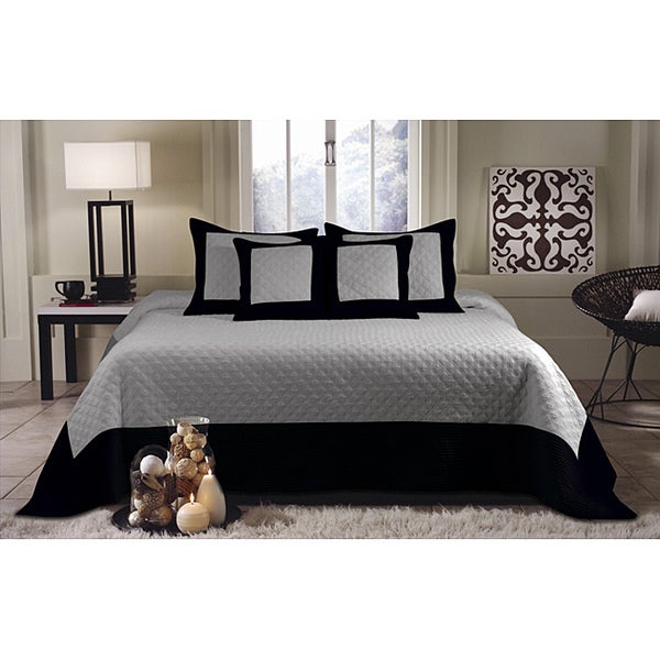 Greenland Home Fashions Brentwood Grey and Black Quilted 3-piece Bedspread Set