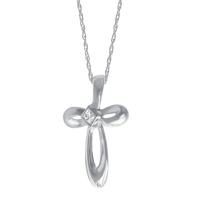 14k White Gold Princess-cut Diamond Cross Necklace (IJ, I2)