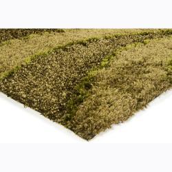 "Handwoven Mandara Green Polyester Shag Rug (5' x 7'6"")"