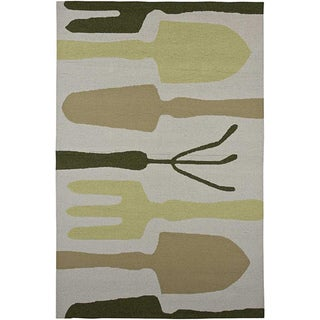 Hand-hooked Grey Indoor/ Outdoor Area Rug (5' x 7'6)