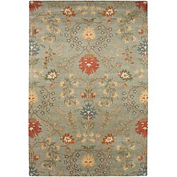 Hand-tufted Ivory, Red and Green Wool Rug (8' x 11')
