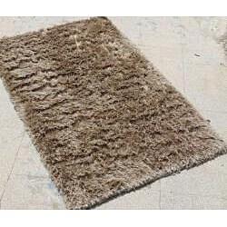 Hand-woven Beige Shag Area Rug (2' x 3')