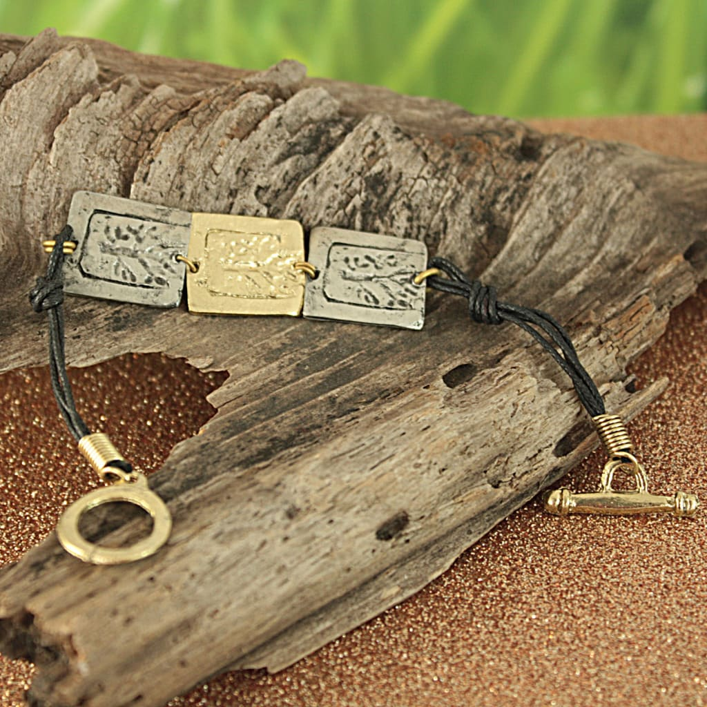Handcrafted Pewter and Brass Tree of Life Toggle Bracelet (India)