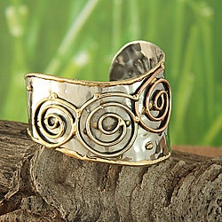 Handcrafted Brass and Copper Sunny Vine Cuff Bracelet (India)