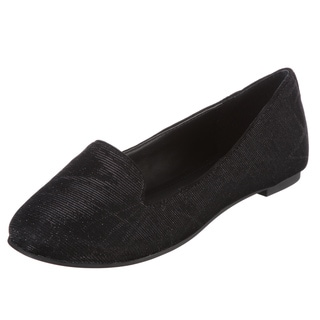 BCBGeneration Women's Black 'Dashi' Flats