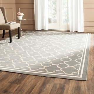 Safavieh Dark Grey/ Beige Indoor Outdoor Rug (5'3 x 7'7)