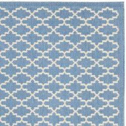"""Safavieh Blue/Beige Indoor/Outdoor Geometric Rug (5'3"""" x 7'7"""")"""